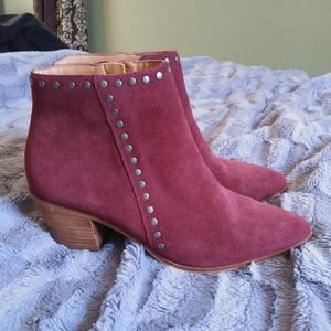 Gorgeous suede wine ankle boots from Lucky brand